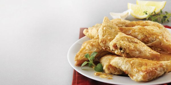 chicken with lemon triangle image